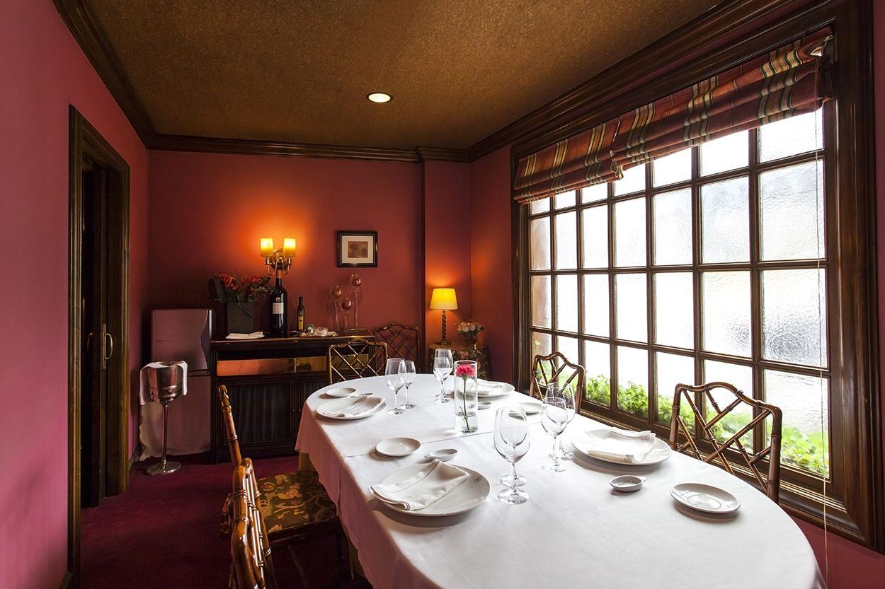 Comedor privado 8 comensales Restaurante Del Arco Oviedo